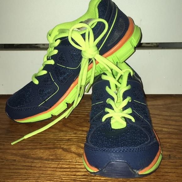 8c3db566c3c Champions Perform Fit Advanced Sneakers. NWT. Champion